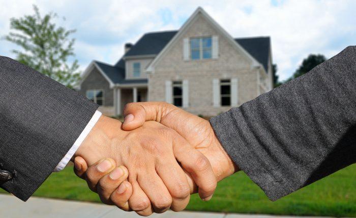 house sale closing handshake